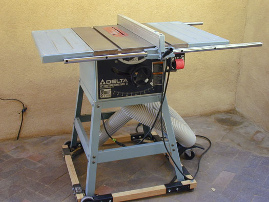 Table saw specifications dummies figure 1 a table saw is a woodworking essential greentooth Choice Image