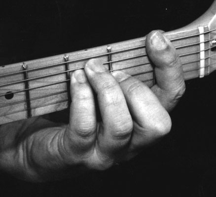 How to Play E-Based Major Barre Chords on Guitar - dummies