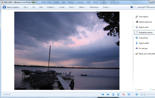 How to Straighten Photos Using Windows Live Photo Gallery