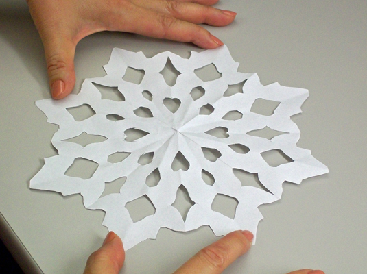 An eight-pointed paper snowflake.