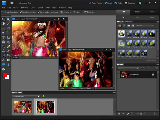 After you choose Image-->Divide Scanned Photos, the scan is split into separate image windows.