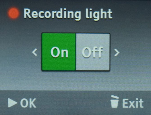 Press the Left or Right button to choose whether the recording light will be on or off.