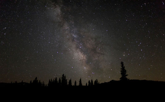 Photographing the Night Sky Using Your Digital SLR