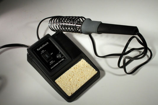 How to Buy a Soldering Iron for Your Electronics Projects - dummies