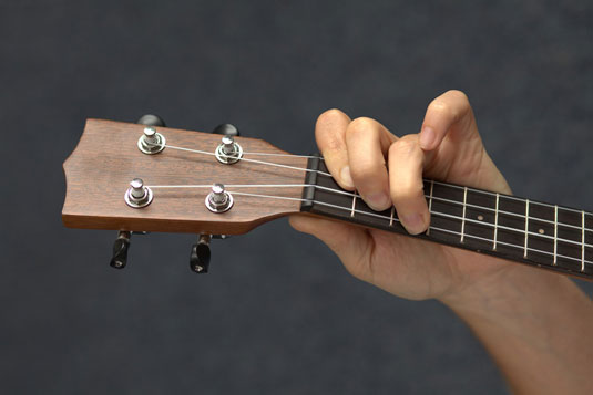 How to Play Barre Chords on Your Ukulele - dummies