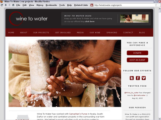 Photos involve the viewer in the site's efforts to bring safe water to third-world communitie