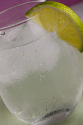Real ice cubes can look white and boring. [Credit: Focal length: 52mm, Shutter speed: 1/160 sec., A