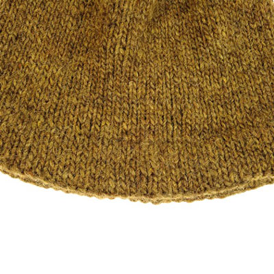 Hemmed brim of Adult Hat A.
