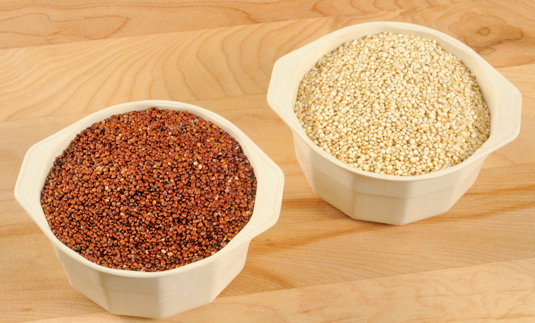 Red and white quinoa are actually seeds, not grain. [Credit: <i></noscript>&#169;PapaBear</i><i> 2011</i>]&#8221;/></p> <div class=