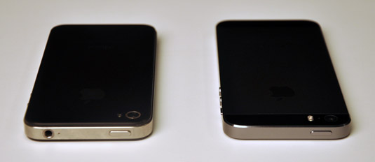 The top side of the iPhone 4s (left) and the iPhone 5s (right).