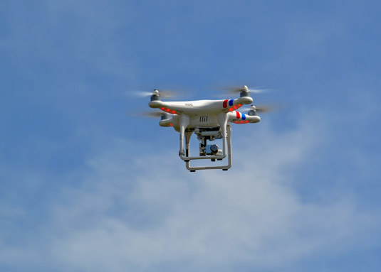 DJI Phantom 2 Vision with camera. [Credit: Source: WalterPro4755/Creative Commons]