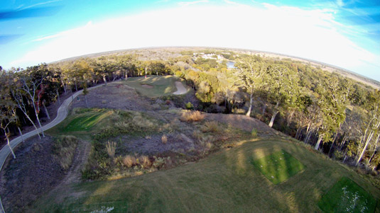 Be a better golfer with a drone! [Credit: Source: Ed Schipul/Creative Commons]