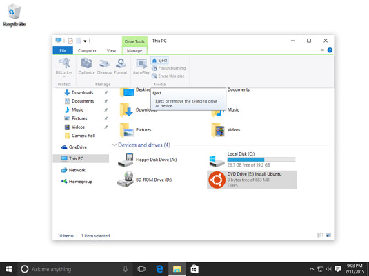 Shows the Manage tab on the File Explorer Ribbon.