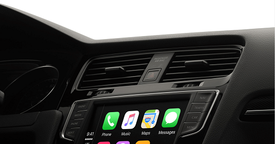 Using CarPlay gives you a seamless hands-free experience. [Credit: Image courtesy of Apple.com]