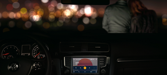 Android Auto gives you a hands-free option for operating your smartphone while driving. [Credit: Im