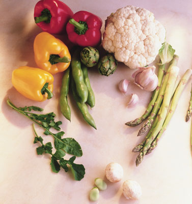 A variety of fresh vegetables are available at Spanish markets. [Credit: Ed Carey/Cole Group/PhotoD