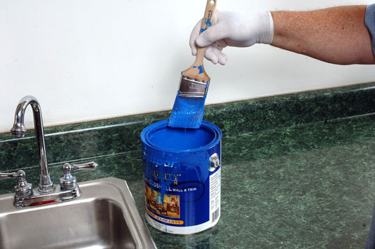1gather Your Materials A Wire Paint Comb Latex Gloves The Used Paintbrush And Can Of