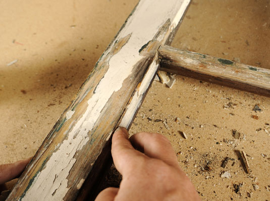 How To Replace A Broken Gl Pane In Wood Frame Window Dummies