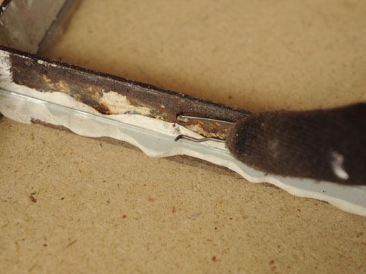How To Replace A Broken Glass Pane In A Steel Casement Window Dummies