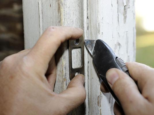 How To Cut A Mortise For A Deadbolt Lock Dummies