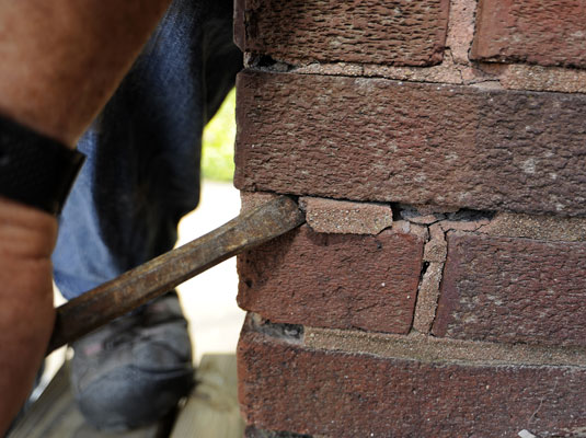 How To Patch Mortar On Brick Walls Dummies
