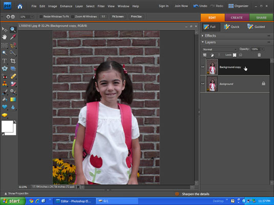 Image of a smiling girl on Photoshop.