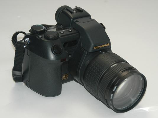 A prosumer digital camera.